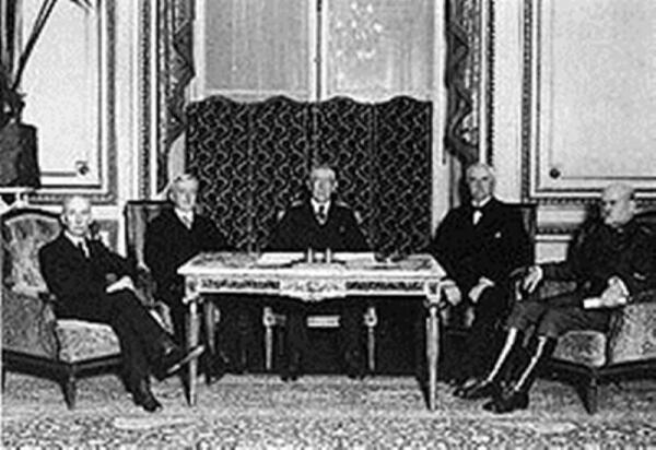 1920 год. Париж. «Злодеи», лишившие Италию победы