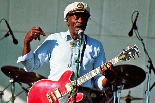 Чак Берри в 1997 году на фестивале «Long Beach Blues»