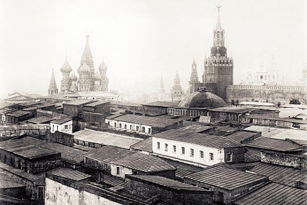 Верхние торговые ряды (XIX век). Вид с севера в сторону Красной площади