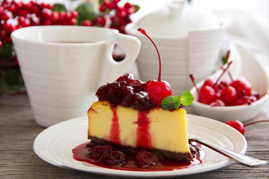 https://s1.1zoom.ru/big0/770/Cake_Cherry_Sweets_Tea_462733.jpg