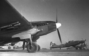 Советские ИЛ-2 вылетают на задание под Сталинградом, январь 1943 года